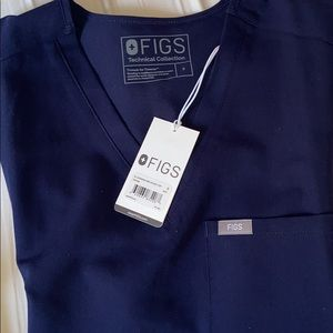 fig scrub top